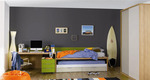 Дизайнерска цветна детска стая
