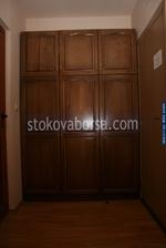 дървени гардероби от масив