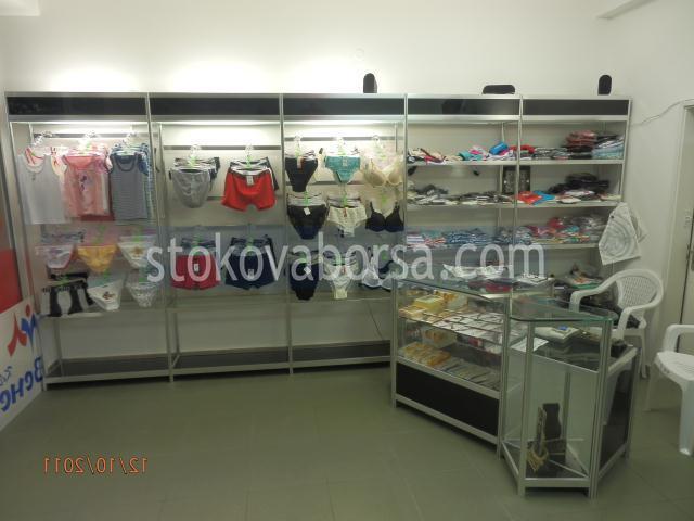 construi rafturi si dulapuri pentru haine