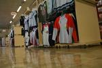 изработване на стелаж за детски дрехи по поръчка