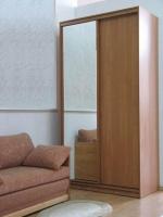 Поръчкови гардероби от масив - изпълнение на нестандартни проекти