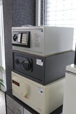 Дизайнерски офис малки сейфове Шумен