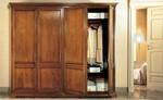 луксозен италиански гардероб от масив