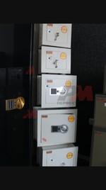 Метални сейфове за вгаждане, за автогара