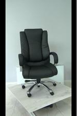 естественна кожа офис столове  за офис сгради