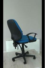 вносни сини работни столове